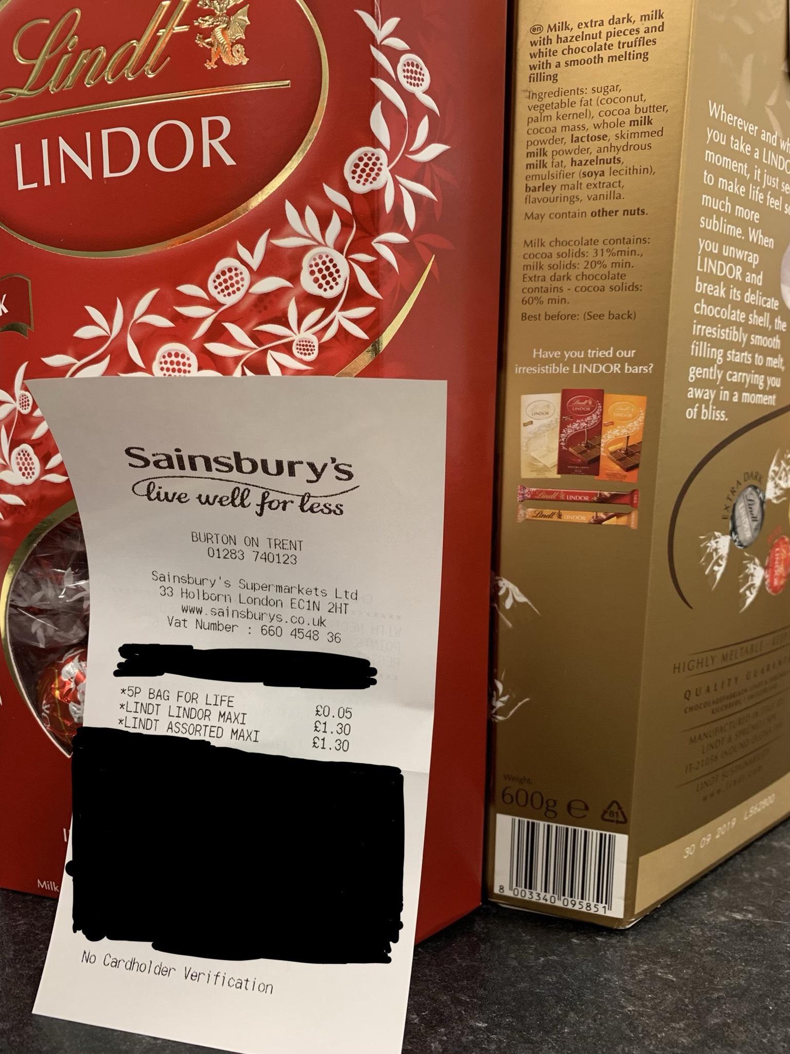 Lindt Lindor Large 600g Box 130 At Sainsburys All