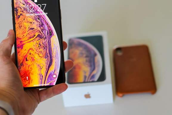 close-up of the iphone xs with a blurred background
