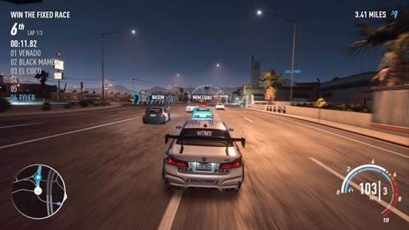 Racing in Need for Speed multiplayer