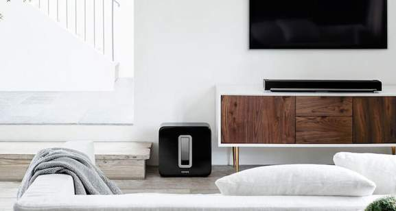 3 in 1 home cinema system with the sonos playbar and the sub in a living room environment