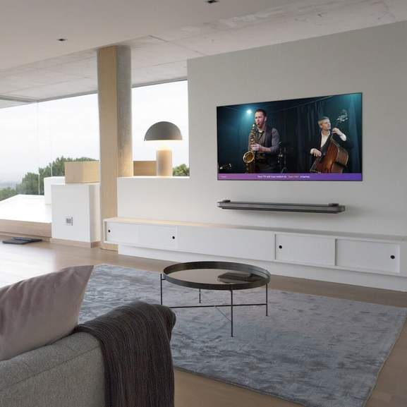 lg led tv in action