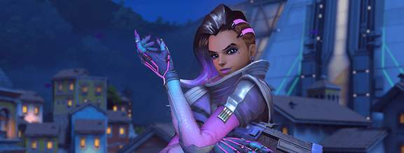 overwatch character sombra is holding one arm up