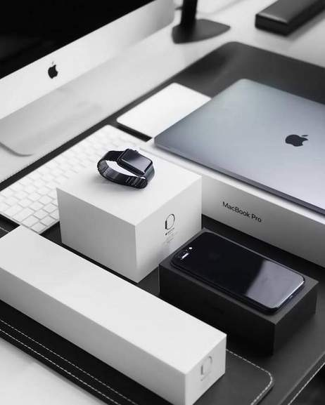 Apple products: MacBook Pro, Apple Watch, iPhone, iMac
