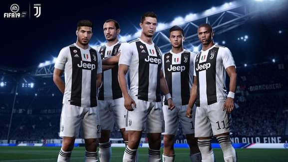 ronaldo and other team mates from juventus turin in the fifa 19 version