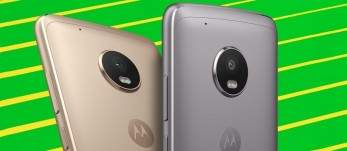 Moto G5 with green background