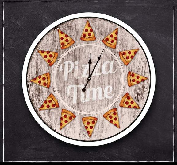 a clock saying pizza time