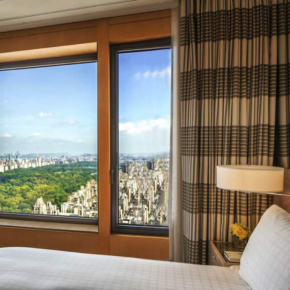 hotel room overlooking central park