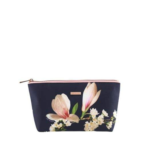 official photos 7c124 c4efd Half Price Ted Baker Toiletry bags prices from just £5.00 - eg Ted ...
