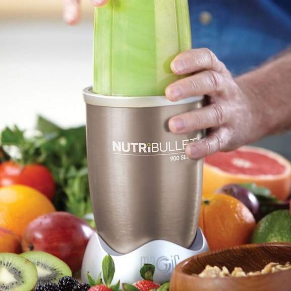 NutriBullet 900 with person using it