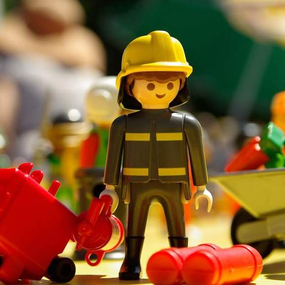 Playmobil fire fighter