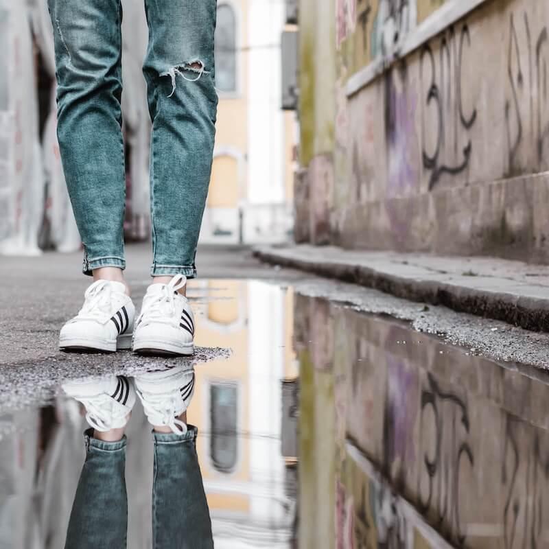 white adidas originals shoes but puddle