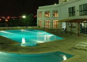 7 Nights Self Catering from Gatwick to Portugal on 11th Dec £115 per person inc flights & accommodation @ Co-Op Travel