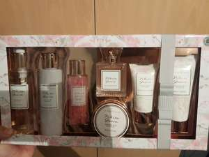 White Grace gift set TESCO £2.35 In store. Found in Coventry Ricoh Arena but could be in others