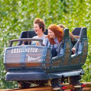 Chessington Resort Midweek Hotel Stay (inc Sundays) + Breakfast + 2 Day Theme Park / SEA Life Centre / ZooTickets £159 for Family of 4