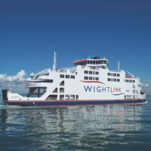 2 Kids per Adult Travel Free during the school holidays on Isle of Wight Ferries (Wightlink) + Kids Under 4 / Bikes Go Free