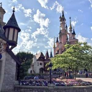Disneyland Paris 1 Day Ticket - Adult for the Price of a Child £42.61 + Free Odeon cinema ticket @ 365Tickets
