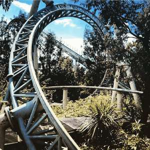 Overnight stay Thorpe Shark Cabins, Breakfast, Park entry + Ultimate Fast track + Parking £96 for two (£48pp) or £146 for 2a/2c @Thorpe Park