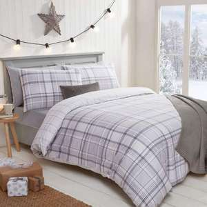 25% off clearance sale plus a 15% further reduction code (e.g. Reversible Brushed Cotton Duvet Set for £25.35 delivered) @ Julian Charles