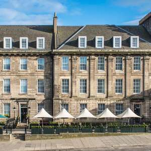2 Nights at the 4* Courtyard Marriott Edinburgh (Inc Daily Breakfast, + Prosecco & Late Checkout) from £99 - & fully refundable @ Travelzoo