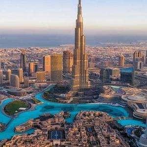 (Sept) 5 Nights 4* Hilton Garden Inn Dubai Mall Hotel Stay + Return BA Flights from London (Incl' Checked baggage) £362p/p (£724 total) @ BA