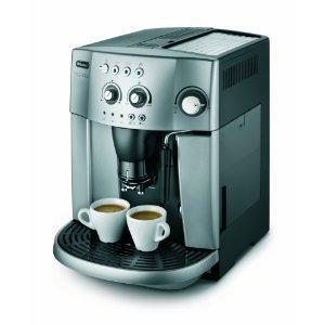 De'Longhi Magnifica ESAM4200 15-Bar Bean To Cup Espresso/Cappuccino Maker, Silver £268.70 was £399.99 @amazon