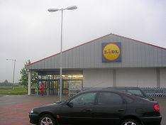Half Price Weekend Offer At LIDL Sat 3rd - Sun 4th DEC 17p Chocolate