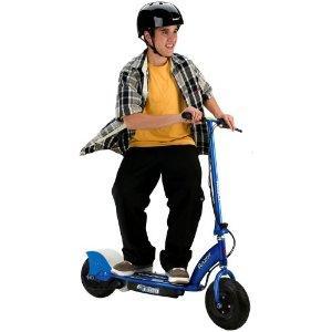 E300 Electric Scooter - Blue - £179.99 @Amazon