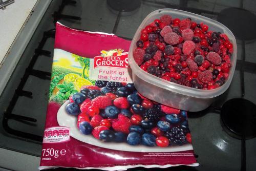£2 750gms frozen fruit LIDL Healthy eating !