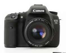 Canon 7d SLR body only £984.60 @ Amazon