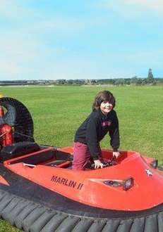 5 Lap hovercraft experience - £29 (Was £79) @ Amazon Local - by Hoverlimits