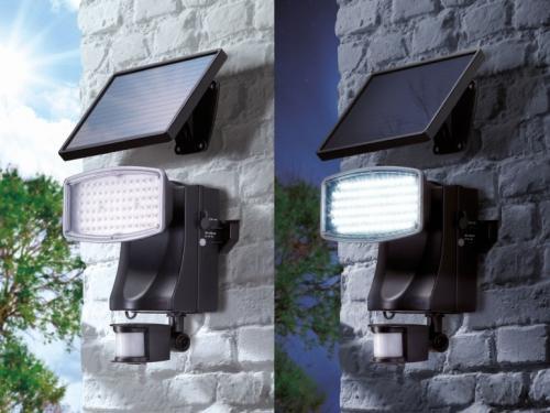 LED SOLAR SPOTLIGHT £29.99 @ Lidl
