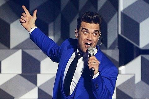 Robbie Williams concert Manchester this Sunday bargain £42.50 @ viagogo