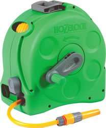 Hozelock Enclosed Reel with 25m Hose. Toolstation £38.56