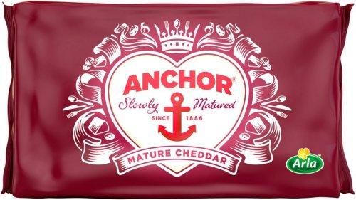 Anchor Mature Cheddar (550g) was £6.98 now £3.50 (So £6.36 a Kilo) @ Asda
