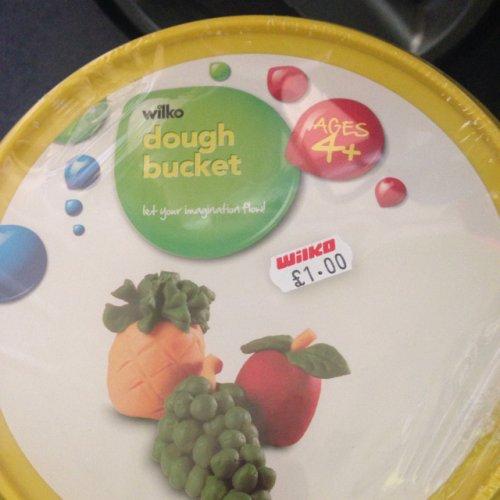Wilko Play dough Bucket £1.00