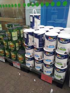ASDA Leicester Thurmastone Dulux White matt and silk colour in 5 Ltr .Only £17.00   !!!!!