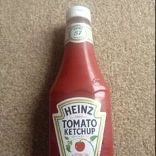 Heinz tomato ketchup 875ml £1.99 @ Discount UK