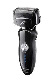 Panasonic Premium 4-Blade ES-LF71 Wet/Dry Electric Shaver with Auto-Clean and Charge Stand £103.77 @ Amazon