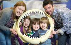 Annual Family Membership Pass For 2 Adult and 2 Junior to Deep Sea World for only £99 @ Smartlocalvochers