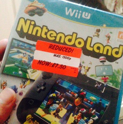Nintendo Land [Wii U] £7.50 in Bargain Bin @ Asda