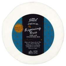 Finest French Ripening Brie 1Kg @ Tesco - £5
