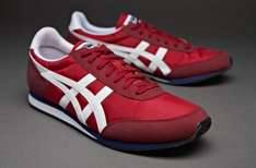 Onitsuka Tiger Sakurada trainers reduced to £20 on Sportingpro £23.50 with delivery