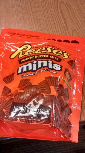 Reese's minis half price £1.50 226g bag Tesco