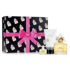 Marc Jacobs Daisy 50ml Eau de Toilette Gift Set - Debenhams Weddings Was £50.00 Now £25.00