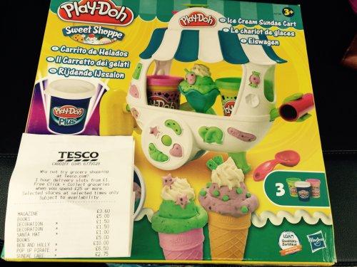 Playdoh ice-cream cart £2.75 @ Tesco instore