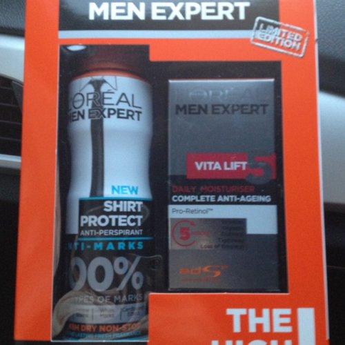 Loreal men expert gift set - £3.25 @ Tesco  Sheffield.
