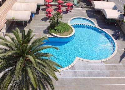Bargain Break - 7 Nights in Costa Dorada for just £76.15 per person via lowcostholidays