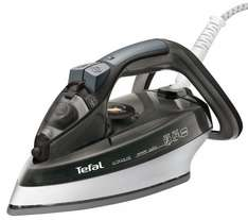 RRP £69.99 TEFAL Ultraglide FV4489G0 Steam Iron - Black £29.99 @ Currys