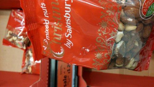 sainsburys mixes nuts 350g £1.20