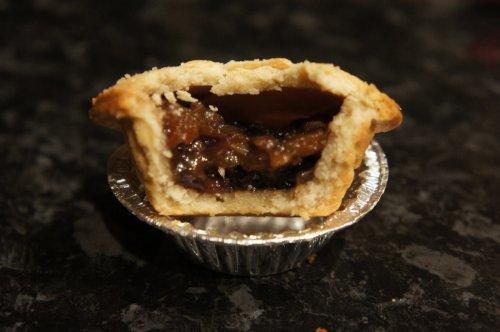 Mr Kipling 6 mince pies - 10p @ co-op